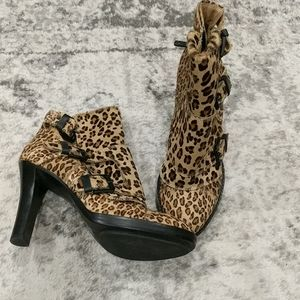 DKNY Leather Leopard skin boots